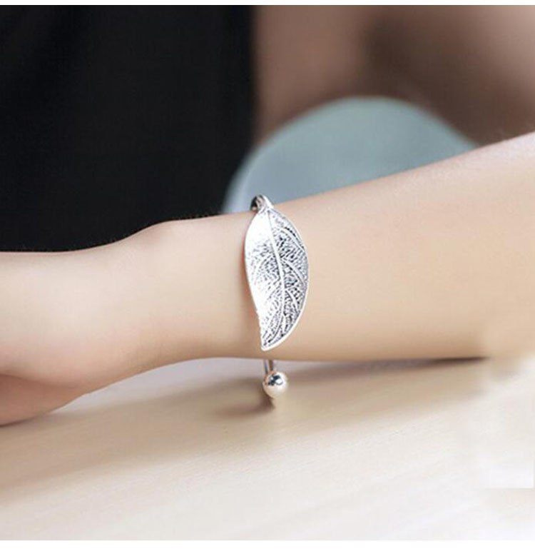 Fashion Trendy Open Leaf Cuff Bracelet Bangles