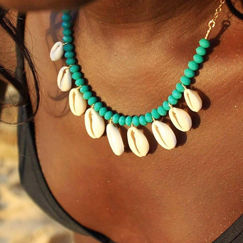 Artilady Cowrie shell choker necklace rope chain choker boho jewelry for women